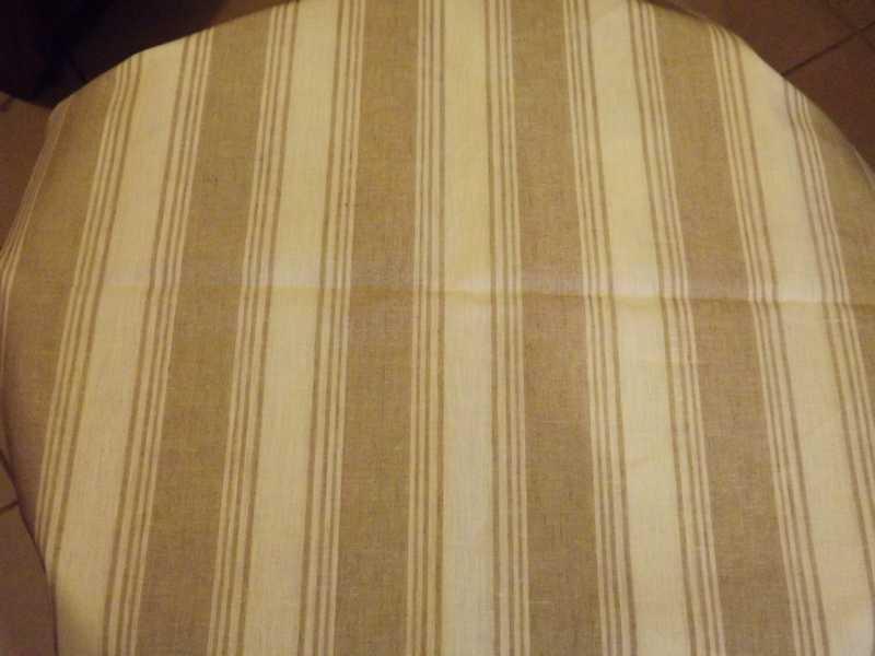 tissus nappes sophie et cie sophie et compagnie tapisserie traditionnelle peinture sur bois. Black Bedroom Furniture Sets. Home Design Ideas